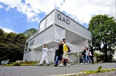 'GAD' by oslo-based practice MMW architects is a temporary art gallery constructed out of shipping  containers in tjuvholmen, norway. conceived to be easily disassembled and reassembled in mere days,   the design utilizes the pre-fab nature of the urban material to create a multi-level public facility.