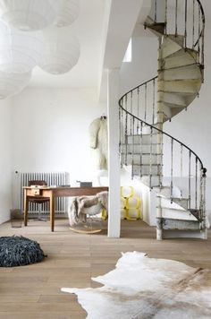 "I ""cozy spot"" (!!?) under a fab spiral stair!? I'll take it! tumblr msr8ls1NBQ1rqeb09o1 500 50 Inspirational Workspaces & Offices 