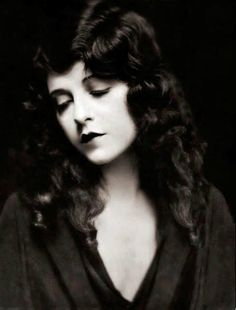 """June Marlowe (1903 -1984) - Miss Crabtree from the """"Our Gang"""" shorts. This is such a gorgeous pic of her"""