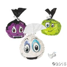 Just the right size for all your party favors, these Halloween Cellophane Bags will be a welcome addition to your Halloween party supplies. Designed as ...