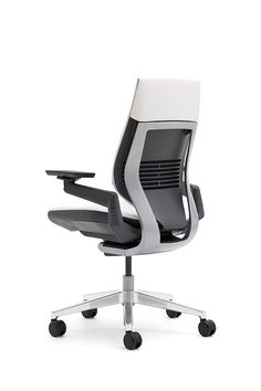 The Gesture chair by Steelcase is the first office chair designed to support our interactions with today's technologies. Created for the way we work today.