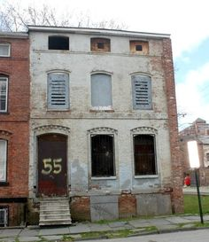 before and after: a rowhouse gets rehabbed by habitat for humanity