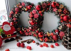 Поделка изделие Новый год Рождество Лепка Моделирование конструирование Новогодние венки часть 3 Бусины Жёлуди Картон гофрированный Ленты Материал природный Мешковина Продукты пищевые Скорлупа ореха Фарфор холодный Шишки Шпагат фото 1