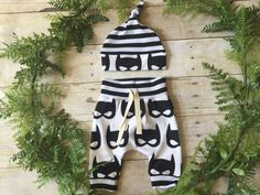 Baby Boy Take Home Outfit / Newborn Boy Coming Home Outfit / Newborn Superhero Mask Outfit // Mask Clothing Set // Preemie Clothes Boy //