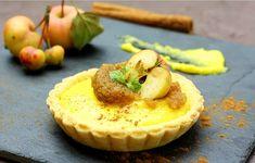 Lemon mousse tart and apple cream