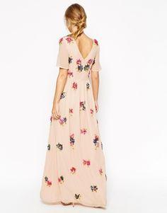 Aumentar Vestido largo con con adornos florales en 3D de ASOS SALON