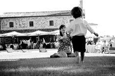 Wedding in Orvieto, Umbria, Italy at the Duomo & Decugnano dei Barbi, Photographer Rossini Photography #destination #wedding #italy http://www.brideswithoutborders.com/inspiration/umbrian-vineyard-wedding-by-rossini-photography
