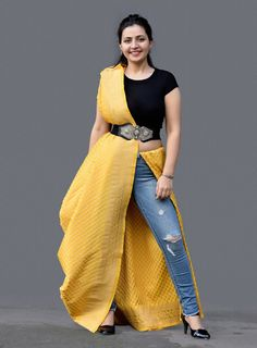 Saree Wearing Styles, Saree Styles, Fancy Dress Design, Stylish Dress Designs, Tunic Designs, Bridal Blouse Designs, Stylish Sarees, Stylish Dresses, Saree Belt