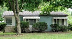Lustron home, SW Windsor Ct.
