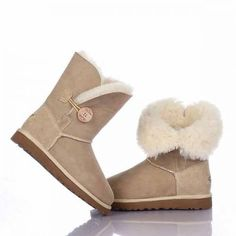 Ugg Bailey Button Boots 5803 Sand