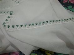 This Pin was discovered by Ünz Beaded Lace, White Shorts, Beads, Sewing, Handmade, Fashion, Rage, Lace, Dressmaking