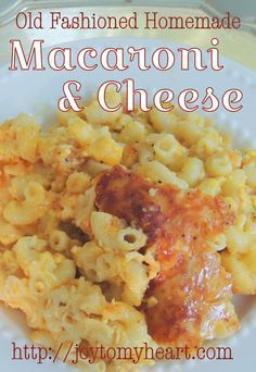 You will never again be tempted to grab that blue box from the pantry shelf, after you have tasted this Old Fashioned Homemade Macaroni and Cheese recipe! Homemade Macaroni Cheese, Crockpot Mac And Cheese, Baked Mac And Cheese Recipe, Cheesy Mac And Cheese, Creamy Macaroni And Cheese, Macaroni Cheese Recipes, Baked Macaroni, Mac And Cheese Recipe With Sour Cream, Old Fashioned Mac And Cheese Recipe