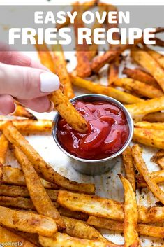 Easy Oven Fries Recipe perfectly seasoned french fries, baked in the oven, crispy on the outside, so Unique Potato Recipes, Oven Baked French Fries, Fries Recipe, Cooking For A Crowd, Mug Recipes, Breakfast Dishes, Breakfast Ideas, Breakfast Recipes, Quick And Easy Breakfast