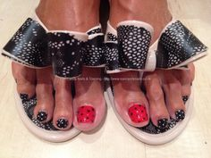 Red and black polka dot toes