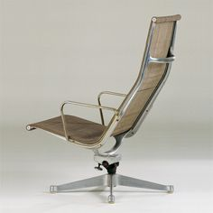 Indoor/Outdoor reclining arm chair Charles Eames Design: 1958 Production: 1958 to the present Manufacturer: Herman Miller Furniture Company, Zeeland, Michigan Size: 100 x 65 x 77; seat height 40 cms Material: polished and clear-coated cast aluminum, synthetic fiber