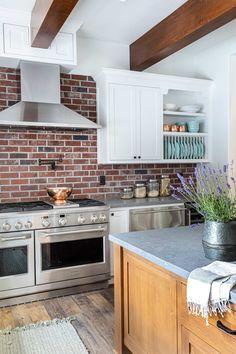 Kitchen Italian Farmhouse, Granite Bay, Boutique Interior, Life Is Beautiful, Interior Decorating, Kitchen Cabinets, Interiors, Home Decor, Interior Styling