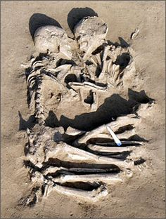 Archaeologists find prehistoric Romeo and Juliet locked in eternal embrace