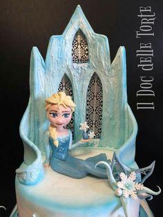 Frozen cake ice palace Elsa