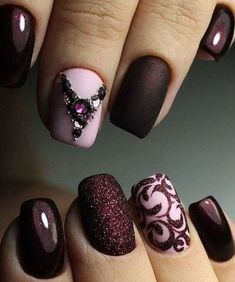 Beautiful nail art designs that are just too cute to resist. It's time to try out something new with your nail art. Fancy Nails, Cute Nails, Pretty Nails, Fabulous Nails, Gorgeous Nails, Nail Trends 2018, Fall Nail Art Designs, Burgundy Nails, Burgundy Nail Designs