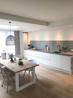 50 Best Modern Kitchen Design Ideas - The Trending House Kitchen Interior, New Kitchen, Interior Design Living Room, Kitchen Ideas, Room Kitchen, Kitchen Corner, French Kitchen, Interior Livingroom, Kitchen White