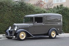 Click to View Roy Brizio Street Rods Completed Cars - Jim Lindsey, Santa Barbara CA, 1932 Ford Panel