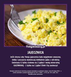 Oto trik, który zmieni twoją jajecznicę na zawsze! Small Meals, How To Cook Eggs, Slow Food, Healthy Baking, Food Hacks, Food Porn, Food And Drink, Cooking Recipes, Ethnic Recipes