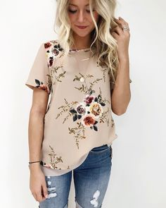 "2,541 Likes, 37 Comments - ROOLEE Boutique (@rooleeboutique) on Instagram: ""Elsie Floral Top: $29.99"""