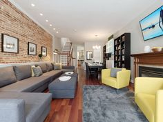 $600- Baltimore's historic and picturesque Federal Hill Neighborhood is the place to be. This very spacious (2110 sq. ft.) and beautiful home REALLY is charming. Boasting 4 bedrooms, gourmet eat-in kitchen with roof-top ...