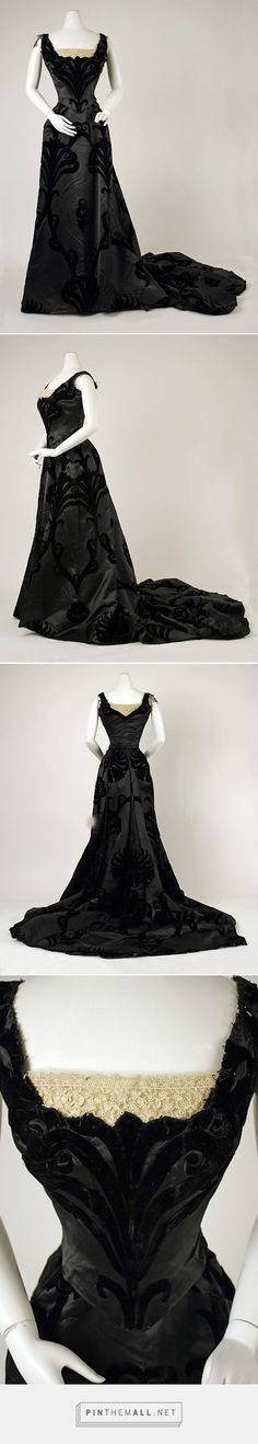 Evening dress by House of Worth 1897-1900 French   The Metropolitan Museum of Art
