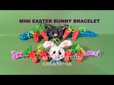 Rainbow Loom Mini EASTER BUNNY Charm Bracelet. Designed and loomed by Crafty Ladybug. Click photo for YouTube tutorial. 04/08/14 Rainbow Loom Animals, Rainbow Loom Patterns, Rainbow Loom Creations, Crazy Loom Bracelets, Loom Bracelet Patterns, Rainbow Loom Bracelets, Rainbow Loom Bands, Rainbow Loom Charms, Easter Crafts