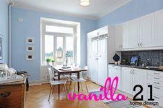 Minimalist Apartment Kitchen Design Ideas | Vanilla 21
