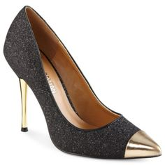 Jennah Pointy-Toe Pumps  $40.00