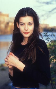 Liv Tyler (la elfa de Lord Of The Rings) Fotos Ineditas '90s