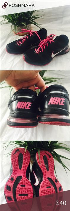 Pink and black Nikes Great condition. No damages. No smells. Nike Shoes Athletic Shoes