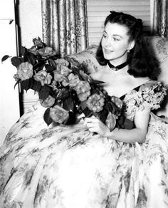 "Vivien Leigh during the filming of ""Gone With the Wind"" Vivien Leigh, Go To Movies, Old Movies, Great Movies, Olivia De Havilland, Clark Gable, Classic Movie Stars, Classic Films, Classic Hollywood"