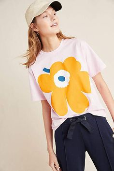 Shop new women's clothing at Anthropologie to discover your next favorite closet staple. Check back frequently for the latest clothing arrivals! New Outfits, Fashion Outfits, Trendy Outfits, T Shirts For Women, Clothes For Women, Women's Clothes, Office Looks, Marimekko, White Tees