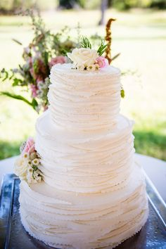 Classic Ivory Wedding Cake with Wildflowers