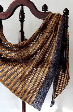 Ravelry: Moon Dust shawl with Hedgehog Fibres Skinny Singles and Oslo Micro Dyery OMD Merino light - knitting pattern by Janina Kallio.