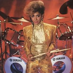 She wants to lead the glamorous life, without love it ain't much ✨ Sheila E, Old School Music, Paisley Park, Home Studio Music, Music Icon, 80s Music, Roger Nelson, Prince Rogers Nelson, My Prince