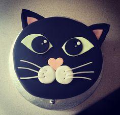 Cat themed cake...prrrrr