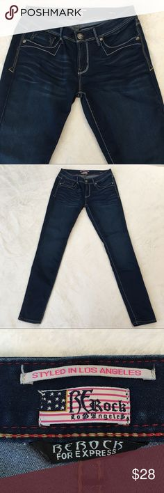 """ReRock For Express Jean Legging Really nice light wash jean leggings with button accents in great condition. Size 6. Material - 74% Cotton 23% Polyester 3% Spandex. Measurements (approximate) Inseam 30-1/2"""" Waist (lying flat) 15"""" Rise 8"""". Express Jeans Skinny"""