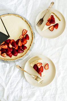 strawberry_hazelnut_tart-48.jpg