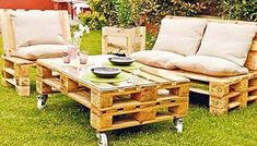 39 Ideas about Pallet Outdoor Furniture for Modern Look Wooden Pallet Furniture Pallet Lawn Furniture, Pallet Furniture Designs, Outdoor Furniture Plans, Outside Furniture, Diy Garden Furniture, Pallet Designs, Rustic Furniture, Furniture Making, Furniture Ideas
