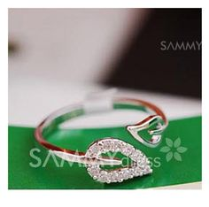 $1.31 Laconic and Elegant Two Pieces of Leaves Design Rings For Female