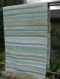 Pretty Patterns, Recycled Fabric, Woven Rug, Color Combos, Weaving, Carpet, Rag Rugs, Home Decor, Stripes