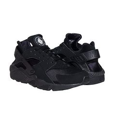 NIKE Low top sneaker Lace up closure Padded tongue with HUARACHE logo Stretch fabric for performance. Nike Low Tops, Nike Air Huarache, Huaraches, Nike Sportswear, Jazz, Footwear, Lace Up, Sneakers Nike, Men