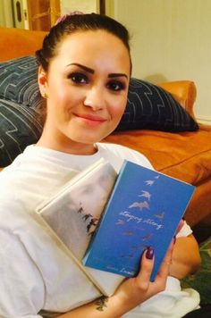 "Demi Lovato Announces ""Staying Strong: A Journal"""