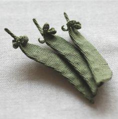 mon carnet, lace knitting, textile artists, itoamika jungjung, japanese textiles
