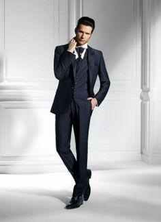 Modrý luxusný pánsky slim svadobný oblek lesklý PO36 - Svadobný salón  Valery Pánske Obleky ff9bdceda9b