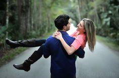 Engagement Photo pose!